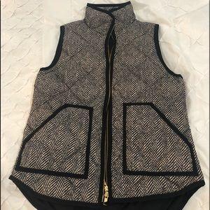 Jcrew puffer vest. Herringbone xs